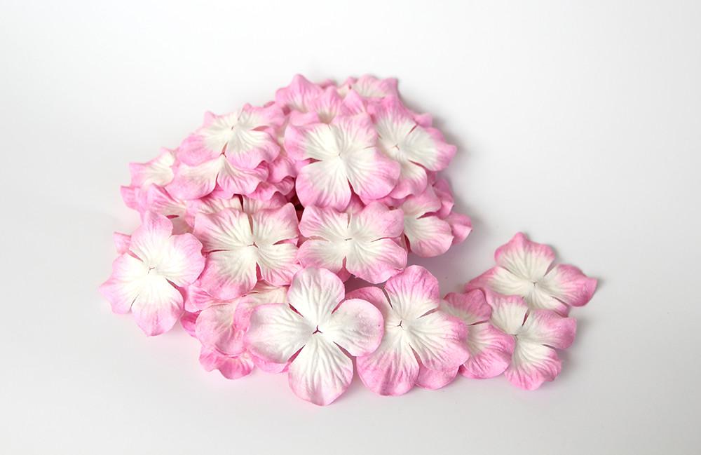 Как из белой гортензии сделать розовую